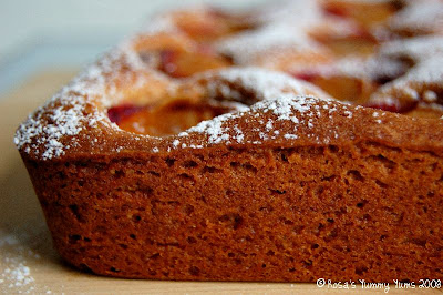 Rosa's Yummy Yums: DIMPLY PLUM CAKE - CAKE AUX PRUNES