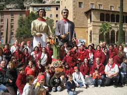Pujada d'en Xenan, l'Elionor i la Ceba a Montserrat