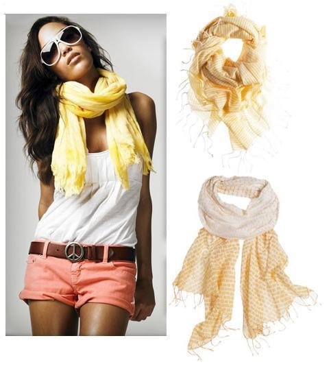 Scarves in our opinion should be apart of every ladies wardrobe as it