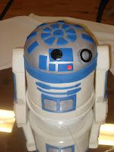 R2D2 Cake