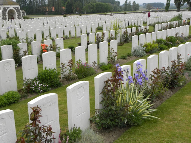 Tyne Cot Cemetery Passchendale