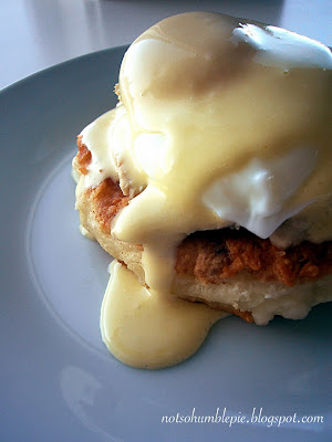 Not So Humble Pie: Thanksgiving Leftovers: Turkey Eggs Benedict