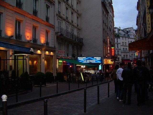 Rue de la Huchette. Quartier Latin