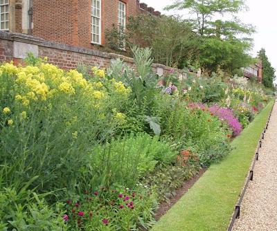 Hampton Court Palace Garden