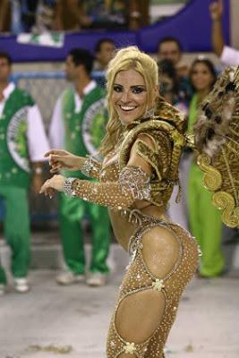 Fernanda Abra O Carnaval