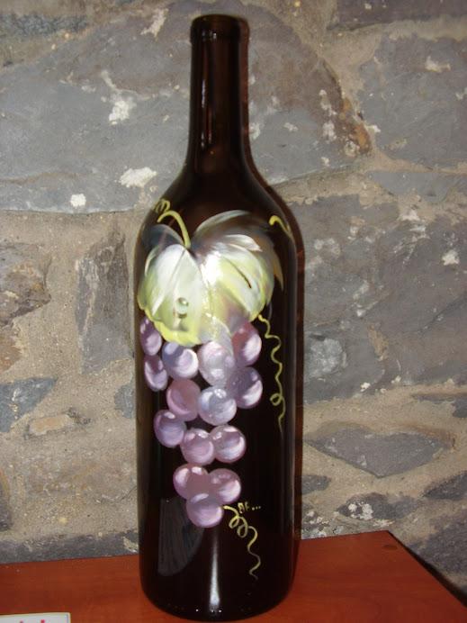 garrafa de vinho pintada