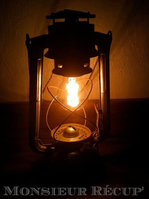 monsieur r cup 39 lampe temp te. Black Bedroom Furniture Sets. Home Design Ideas