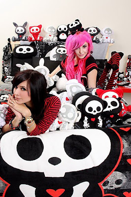 Cute EMO Girls