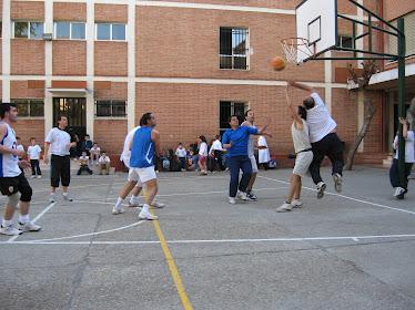 Baloncesto Solidario Padres VS Profesores