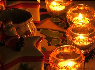 Preparando a Mesa de Natal... Christmas_Candles_by_carrotcake