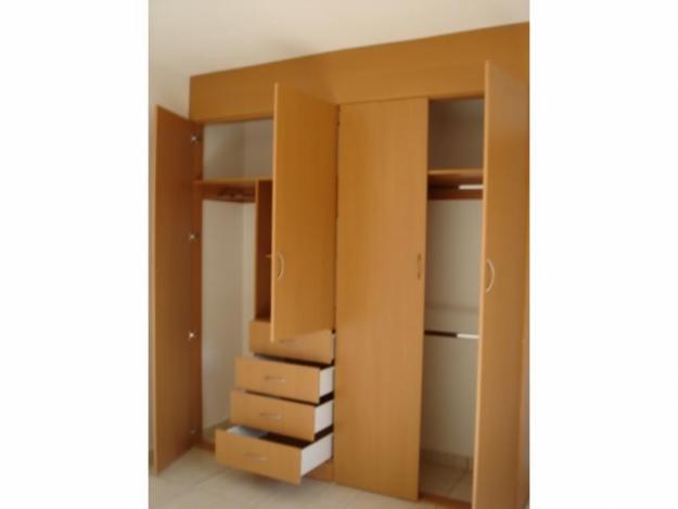 Melamueble roperos closets armarios for Roperos para dormitorios en lima