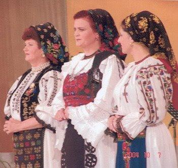 """""""Ioana Radu"""" 2004"""
