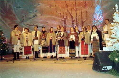 colindatori clujeni in Tezaur Folcloric 2004