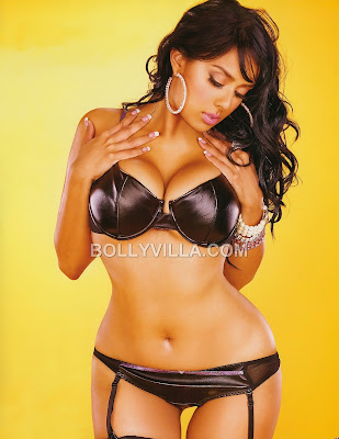 Nilanti Narain Curvy Indian Model -Hot  Lingerie Shoot