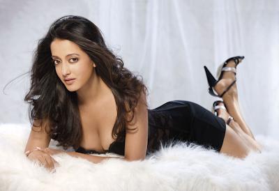 Raima Sen, hot,sexy
