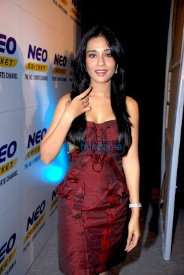 Hot Amrita Rao at Annoucement of Neo Cricket Season