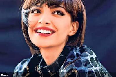 Sonam Kapoor's Ultra Modern Look in 'Aisha'