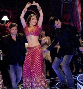 Preity zinta as an Item Girl in Main Aur Mrs Khanna