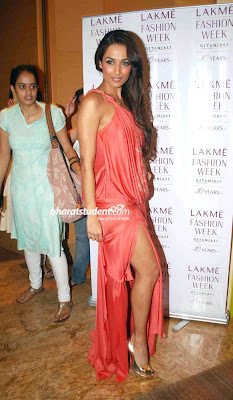 hot Mallaika Arora Rocks Lakme Fashion Week
