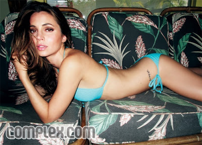 Eliza Dushku Sizzling Hot Photoshoot In Complex