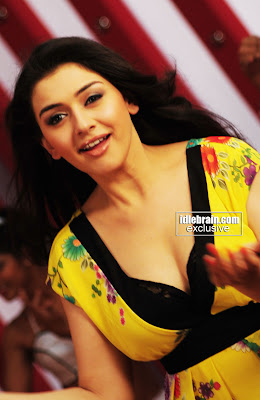 Hansika Motwani Glams Up In New Photoshoot