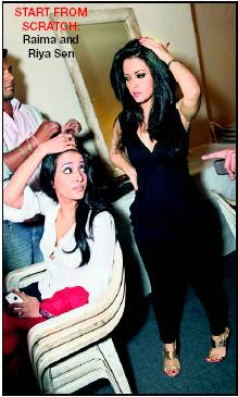 Ria, Raima Sen Backstage Pictures from LFW