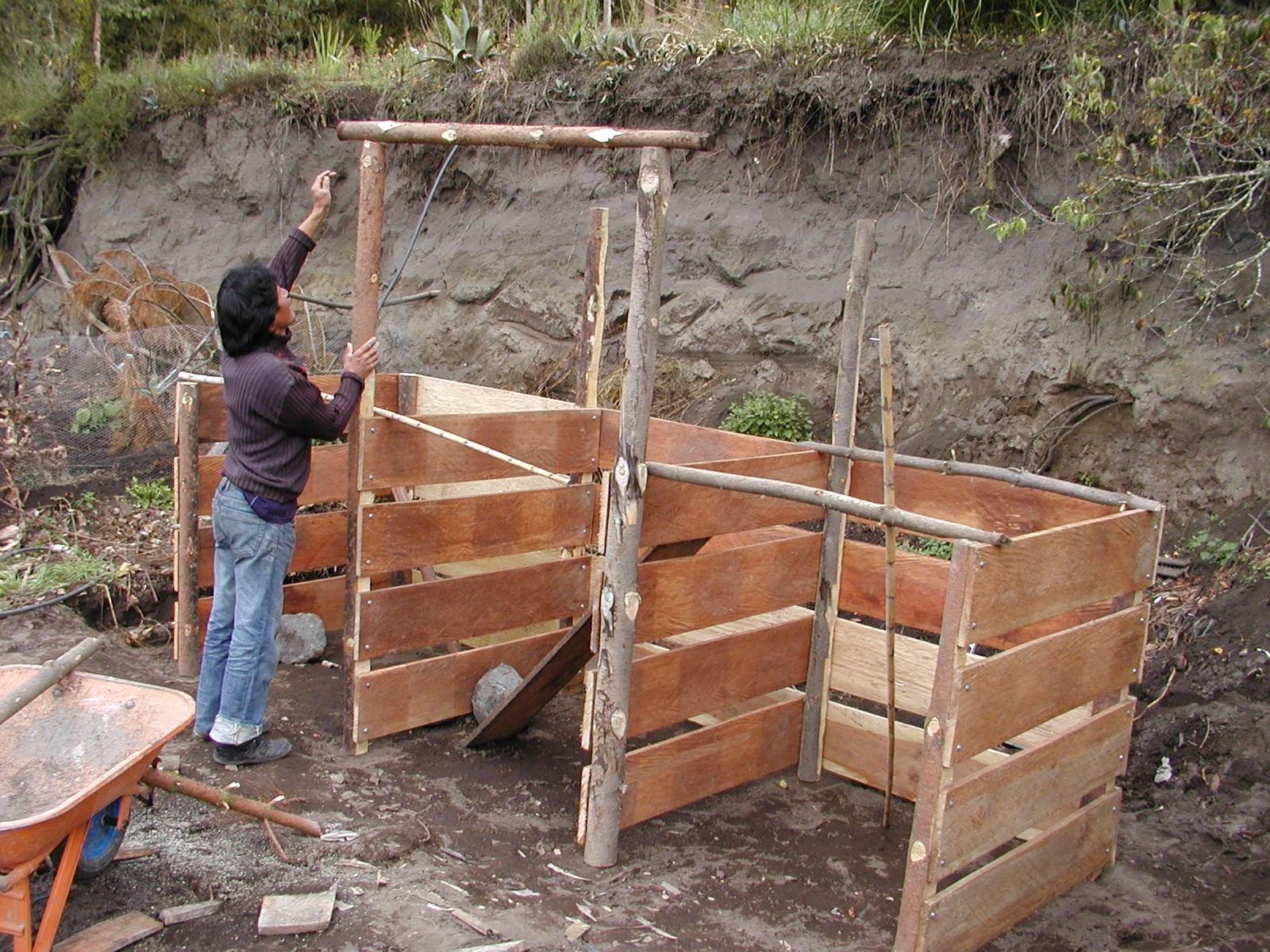 ara katitawa le jardin organique et lachlan 39 s farm les toilettes s ches et le compost. Black Bedroom Furniture Sets. Home Design Ideas