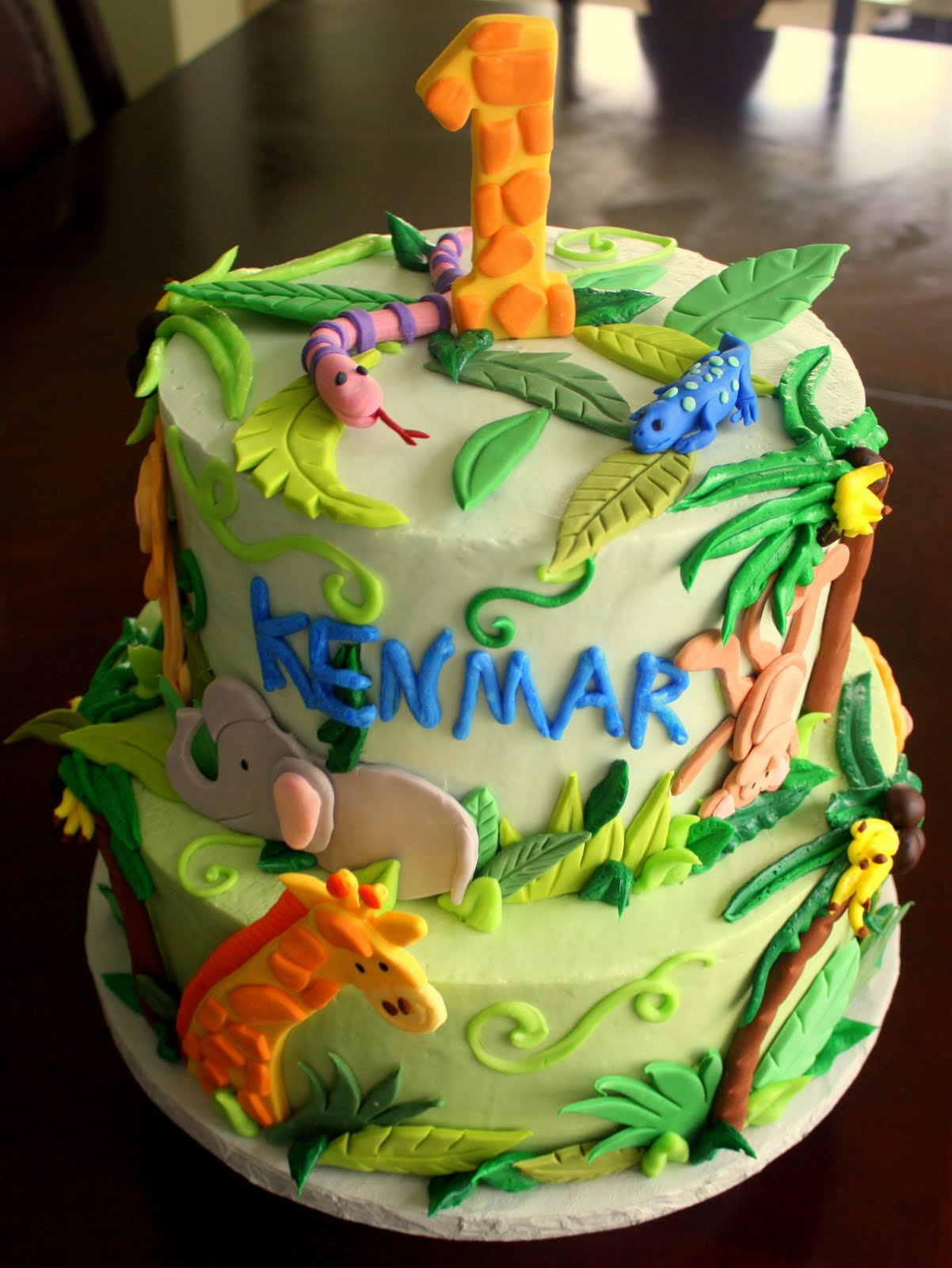 Jungle Birthday Cake Images : Claudine: Jungle Baby 1st Birthday Cake