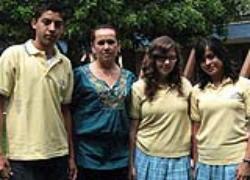 Tres alumnos de preparatoria de la Universidad Latina de México ...