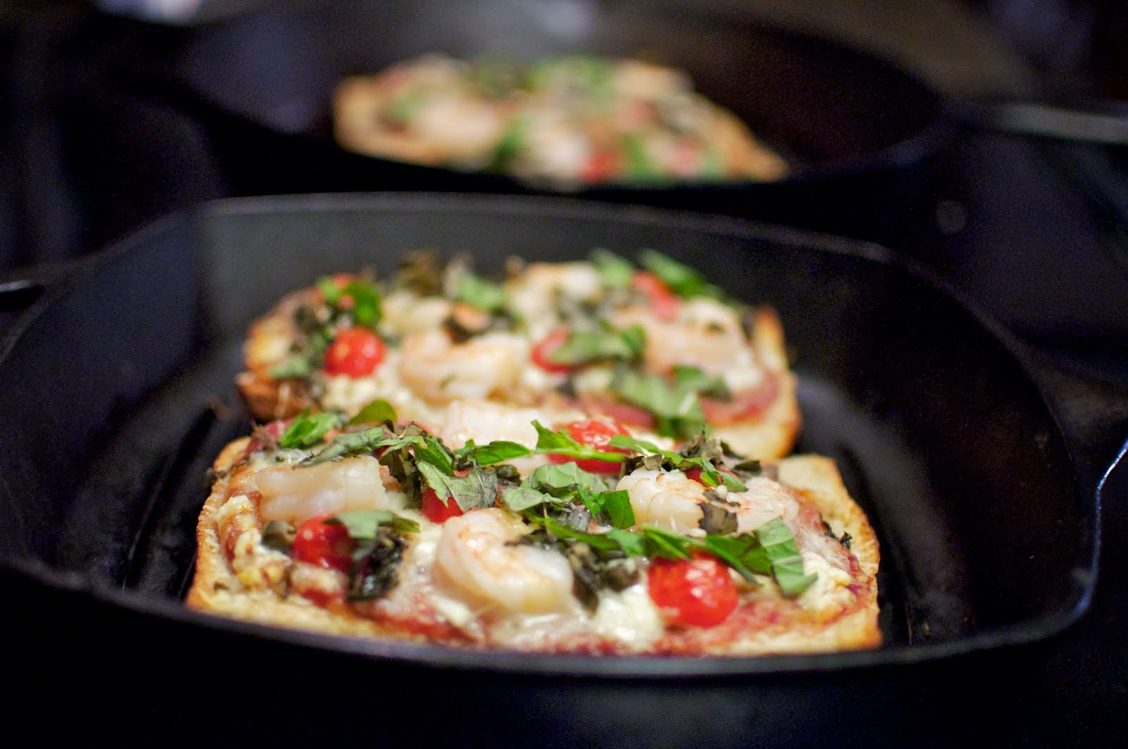 Пицца из батона на сковороде рецепт пошагово
