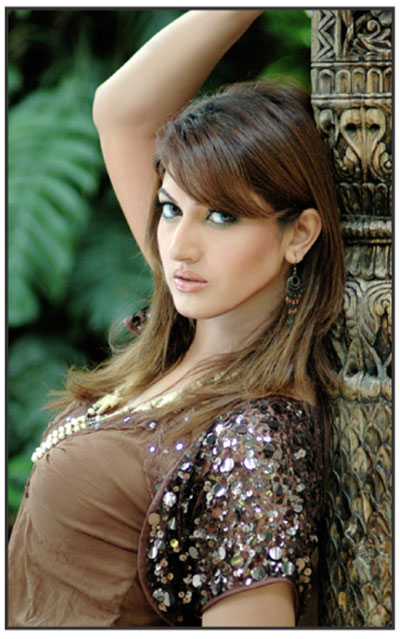 Pakistani Actress Sana1 - Pakistani Actress Sana hot pictures