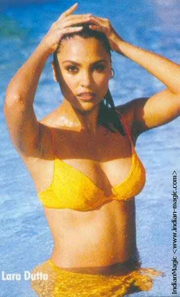 Wallpaper Insights: lara dutta bikini