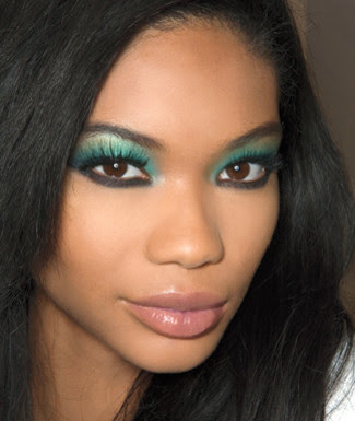 BROWN EYES + GREEN EYESHADOW = BEAUTIFUL. Time: 9:19. GREEN IS JUST ONE OF