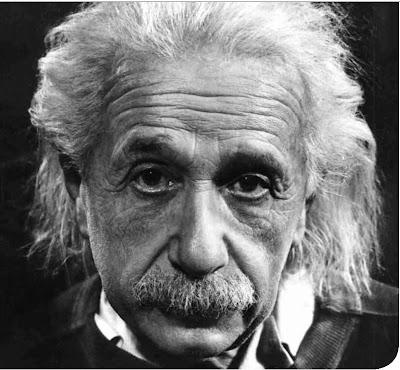 Albert Einstein, uno de los científico más conocidos e importante del siglo XX
