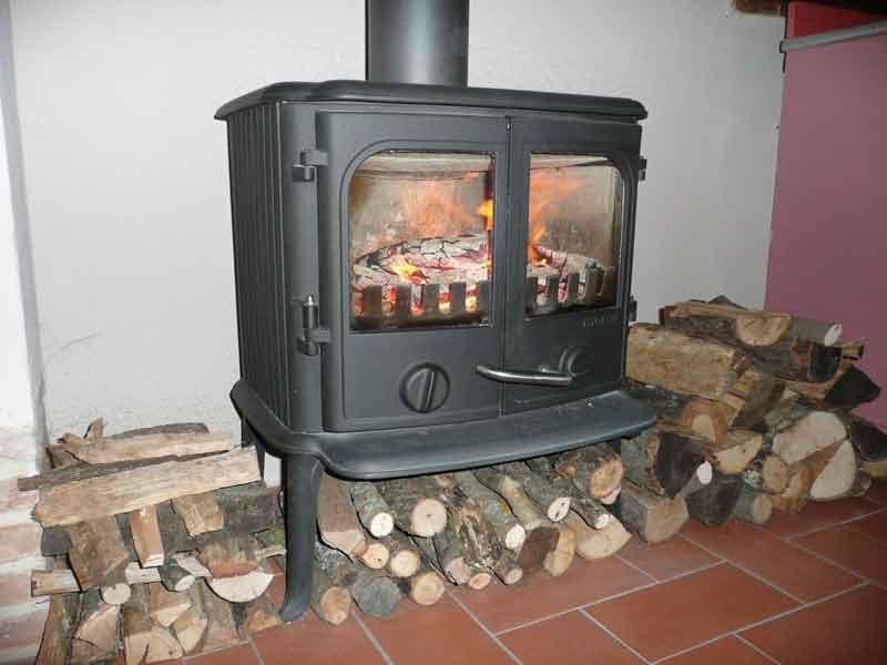 Ecomondo cucinare con la stufa a legna - Stufa in ghisa a legna ...
