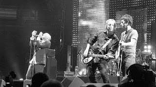 peter buck mike mills johnnny marr fall on me concert