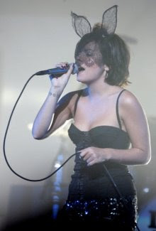 lily allen bunny ears live image