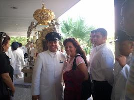 En la URU  junto a los servidores de Maria y la reliquia de La chinita
