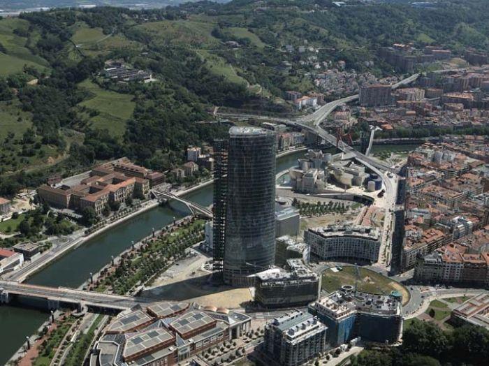 Papo de obra torre iberdrola bilbao espana for Oficinas iberdrola madrid