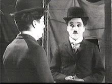 Chaplin através do espelho