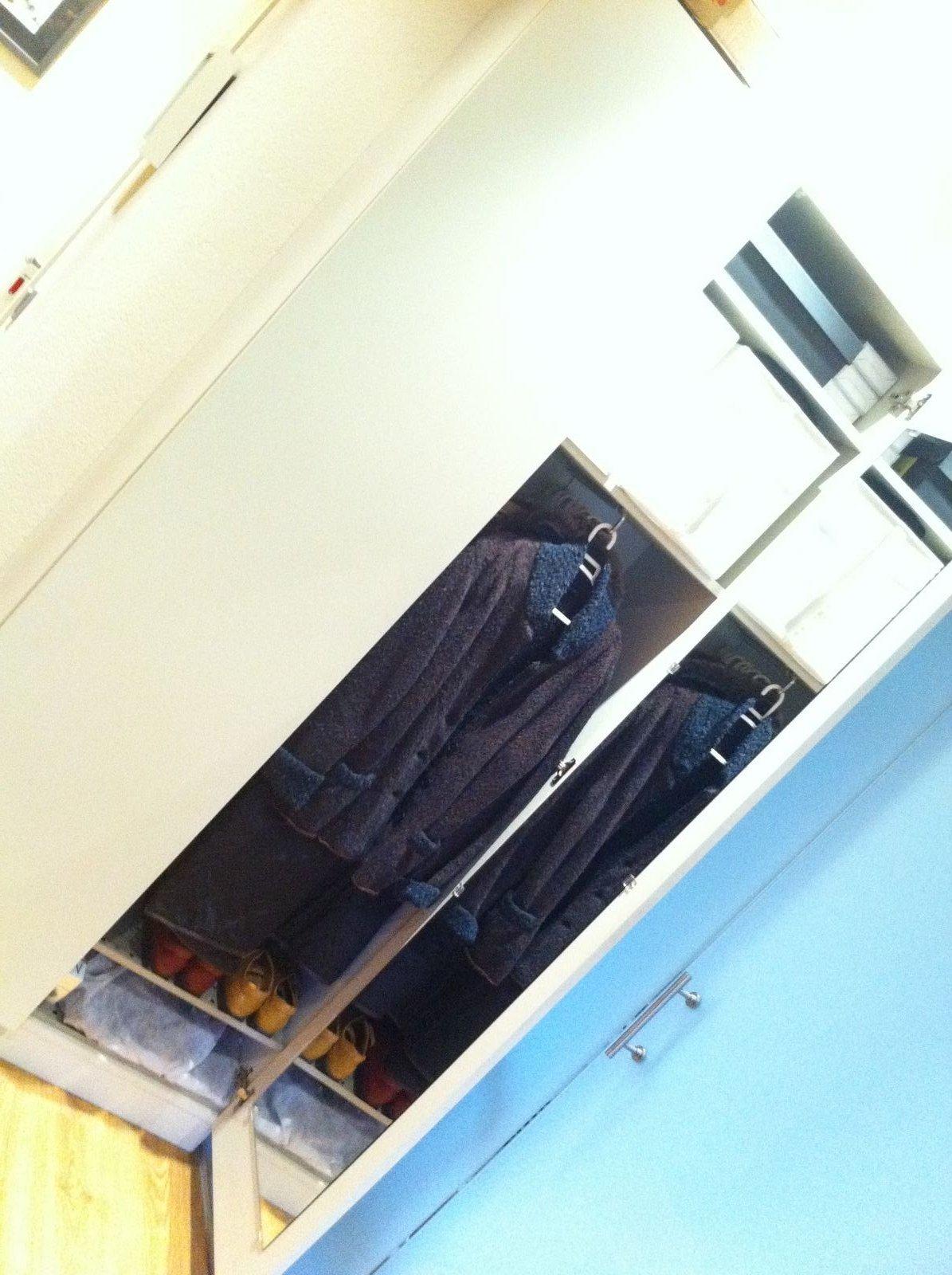 More than chic 39 fengshuiza 39 tu recibidor - A que altura colgar un espejo de cuerpo entero ...