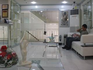 http://4.bp.blogspot.com/_X3hI3hadKJ0/SQVYdbuv4NI/AAAAAAAAAFY/vI_5nnHAygI/s320/Caraderme+Clinic.JPG
