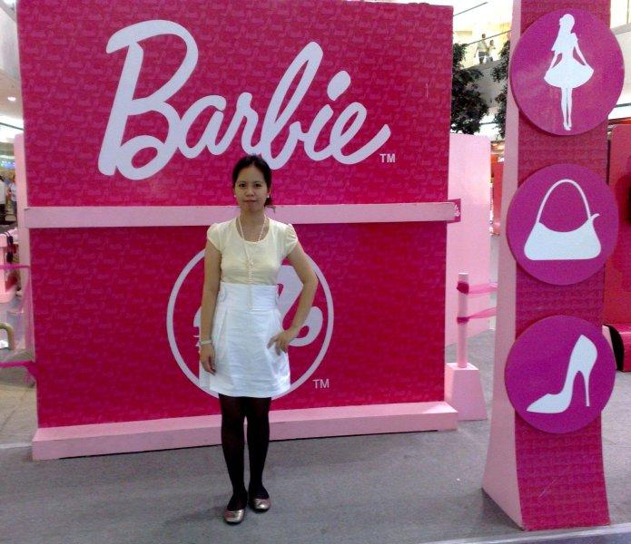 [barbie.jpg]