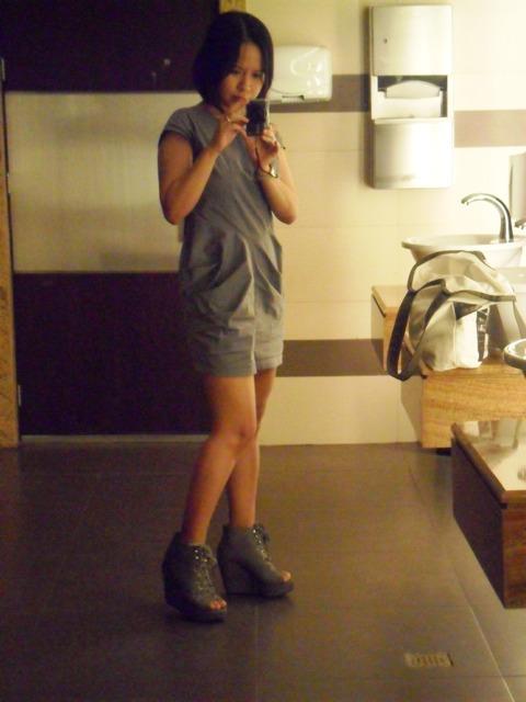 http://4.bp.blogspot.com/_X3hI3hadKJ0/TNmUqaznCMI/AAAAAAAAETc/FjQObbF-zl8/s1600/parisian%2Bshoes.JPG