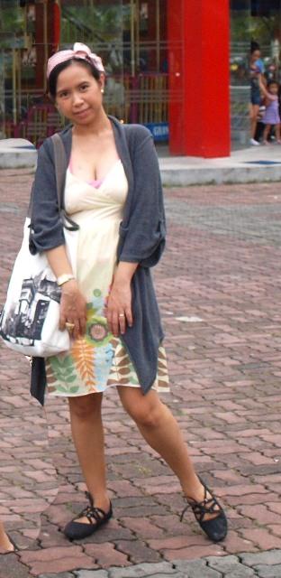 http://4.bp.blogspot.com/_X3hI3hadKJ0/TQTS6PSVlZI/AAAAAAAAEe4/sT7Dh1OeNeg/s1600/outfit.JPG