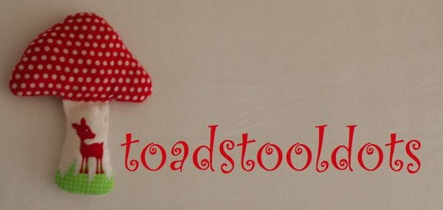 toadstooldots