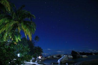 Malam di Pulau Kepayang