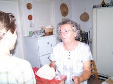 Konczili mama 73 éves