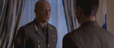 скриншот фильма подарок. Гоша Куценко.