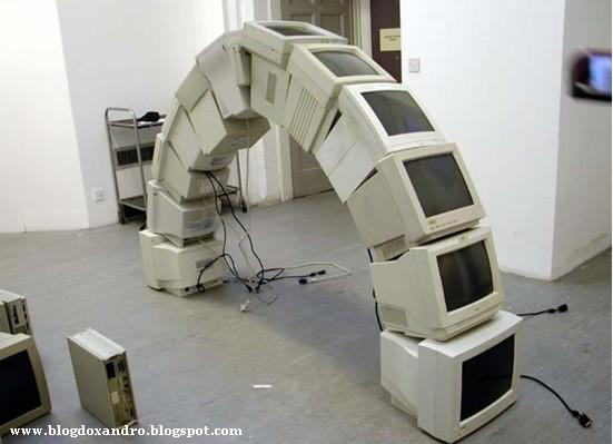 [arco-de-monitores.jpg]